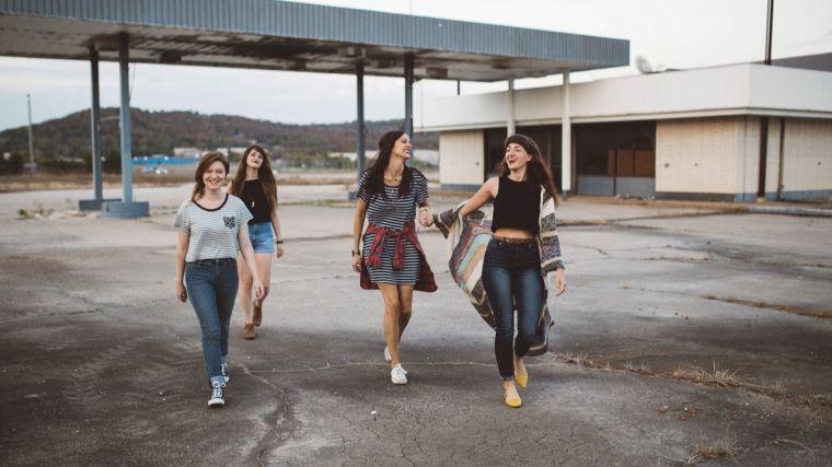 Del kaos al logos (V): Visión adolescente