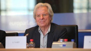 Javier Nart reniega de Ciudadanos pero no de sus 7.000€ de sueldo y otros 25.000€ para gastos varios