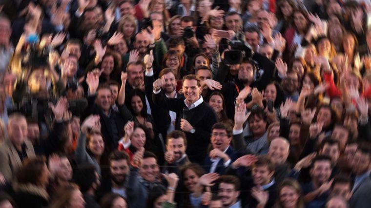 Ciudadanos no remonta el vuelo ante un escenario de bloqueo que podría llevar a España a terceras elecciones