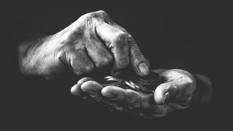 ADEPPU pone en aprietos al BBVA y amenaza con boicot: 'Miente sobre las pensiones'