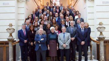 """Fiscales cargan contra el ministro Garzón por decir que dependen del """"estramado del Gobierno"""""""