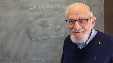 El profesor israelí Hillel Furstenberg ganador del Nobel de... matemáticas