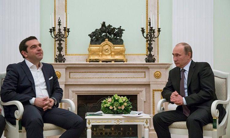 Putin se reúne con Tsipras y le ofrece salvar a Grecia si abandona el Euro