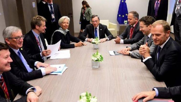 Bruselas teme que Grecia vuelva al dracma ante la dificultad de sacar adelante el plan de austeridad