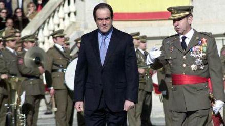 La desmemoria del exministro de Defensa José Bono