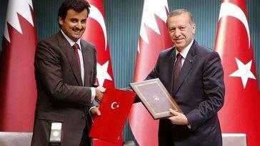 Turquía instala una base militar en Qatar para proteger al Estado Islámico con el visto bueno de Washington
