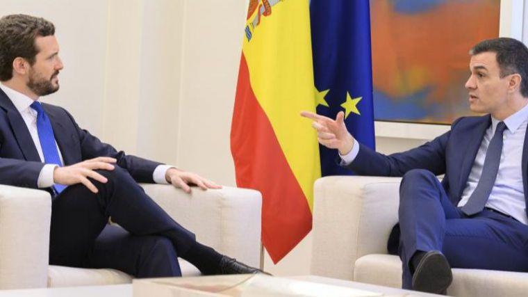 Sánchez y Casado se citan el lunes sin esconder su desconfianza mutua