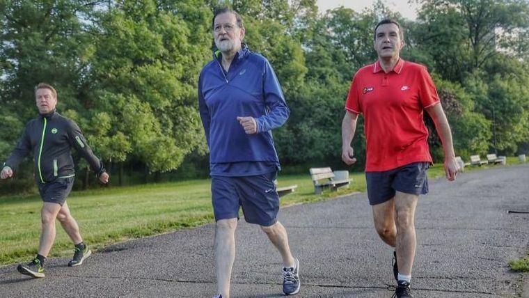 Ahora sí, Rajoy podrá pasear junto a su hijo sin quebrantar el estado de alarma