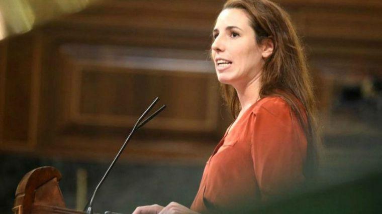 Una diputada de Vox pide al Ejército que pare el golpe de Estado de Sánchez e Iglesias