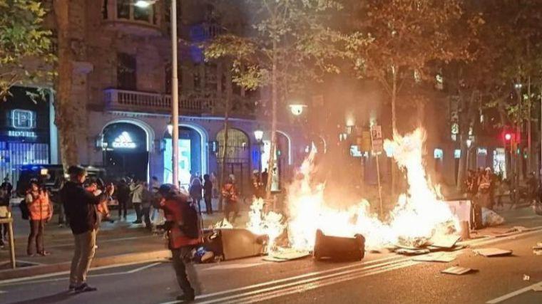 Un estudio alerta de la aparición de 'fenómenos organizados de guerrilla urbana' en España