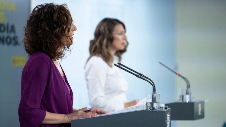 El Gobierno prorroga los ERTE, pide prudencia en la desescalada y hace un guiño a Ciudadanos para futuros apoyos