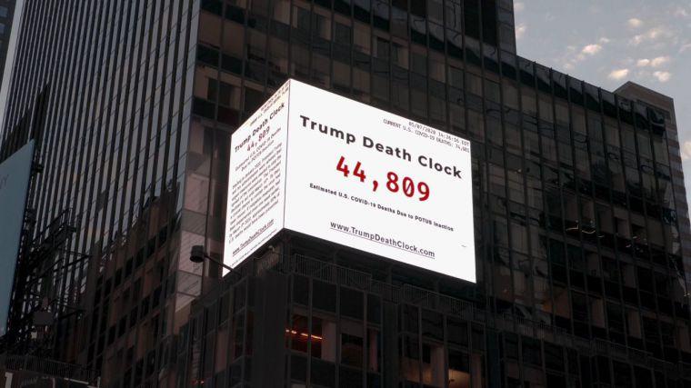 El 'reloj' que pone de los nervios a Donald Trump y que contabiliza las muertes de su 'inacción'