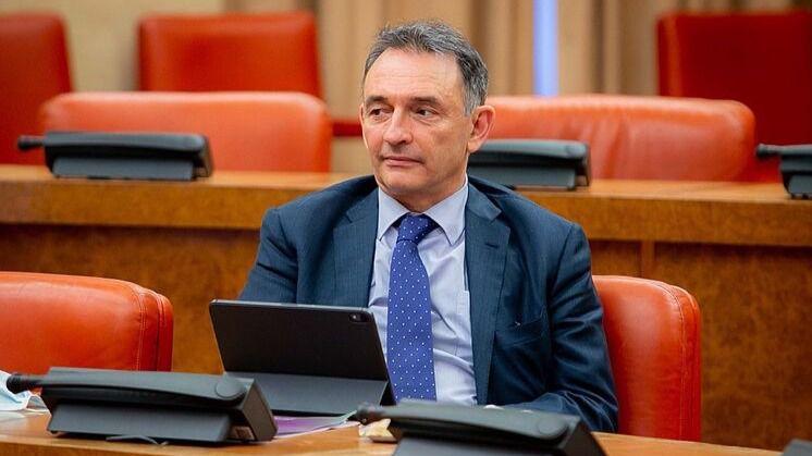 Enrique Santiago (IU): 'No parece muy de recibo que un CGPJ con su mandato vencido hace casi dos años siga haciendo nombramientos'