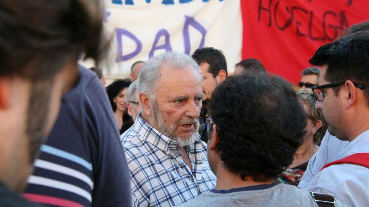 Fallece Julio Anguita, el 'califa rojo', tras la parada cardiorespiratoria que sufrió la pasada semana