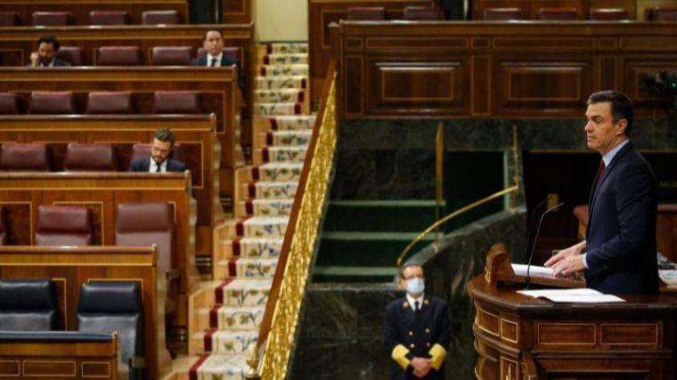 Sánchez defiende el estado de alarma ante una 'legislación ordinaria insuficiente' y califica la crispación política de 'inútil'