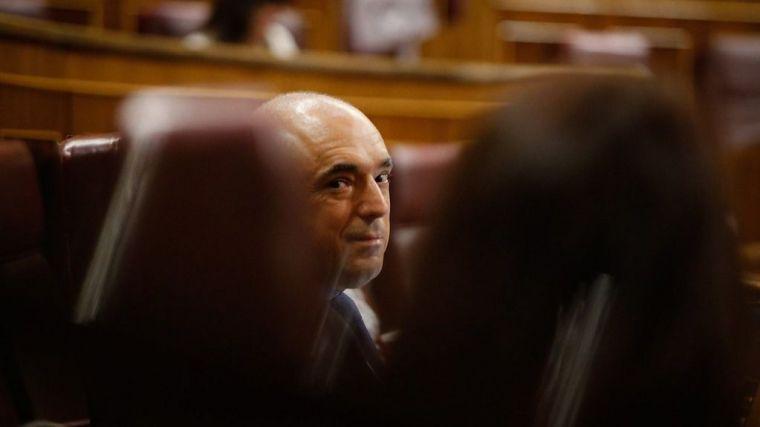 Simancas defiende a Lastra y el acuerdo con Bildu con pulla a la CEOE: