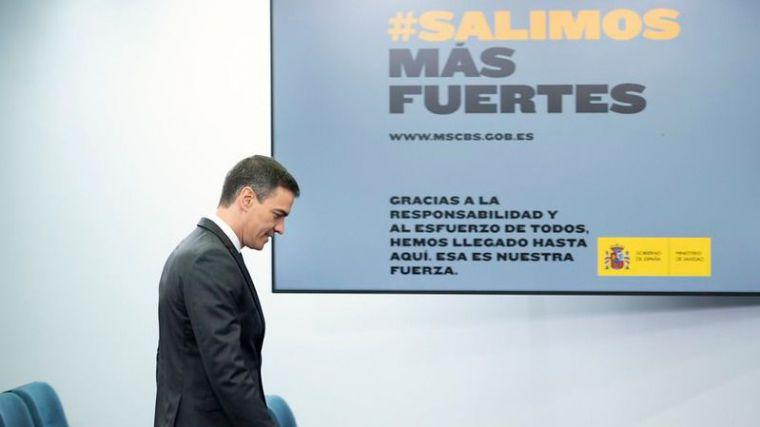 El Pedro Sánchez más autoritario: Llama 'ignorantes' a los críticos contra su gestión pero advierte que no quiere 'crispación'