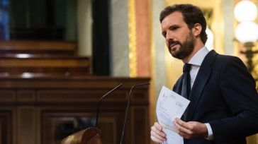 Casado acusa de 'inmoral' a Sánchez por 'borrar' a fallecidos de Covid-19 y le recuerda que 'tiene un delegado del Gobierno imputado y un ministro achicharrado'
