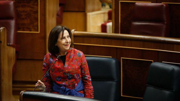 La ministra de Defensa sale al paso de las acusaciones que apuntan a un golpe de Estado en España