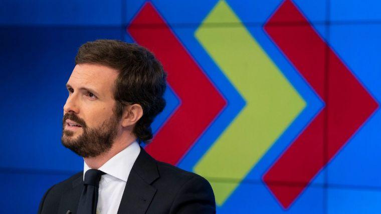Casado rendido ante los barones y su malestar con Álvarez de Toledo: 'No voy a liderar un PP bronco ni desestabilizador'