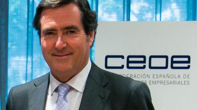 La CEOE se planta: Urge extender los ERTE más allá de junio para dar seguridad jurídica a las empresas