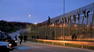 Interior contraviene todo lo dicho y aboga por reforzar la frontera: