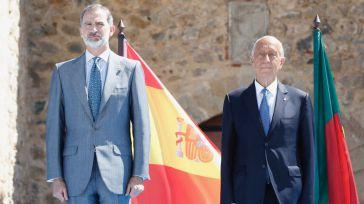 Felipe VI reabre la frontera más larga y antigua de Europa esperando 'que no se vuelva a cerrar jamás'
