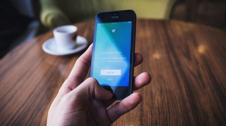 Detenido por enviar un total de 36 tuits contra la Casa Real e instituciones del Estado