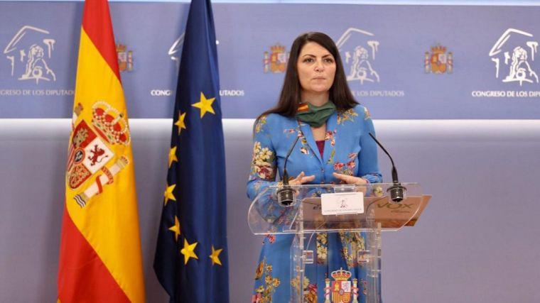 Macarena Olona (Vox) exige que el Gobierno dimita y dé paso a uno de