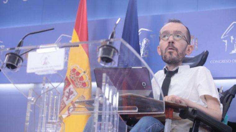 Ultimátum a Sánchez: Iglesias exige legalizar a más de 600.000 inmigrantes sin papeles