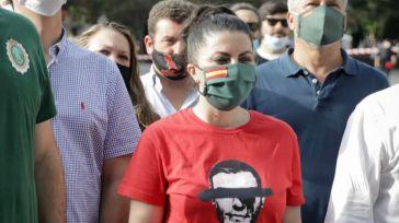 Macarena Olona cara a cara con los 'cachorros de ETA': 'No os tenemos miedo y no nos vamos a rendir'