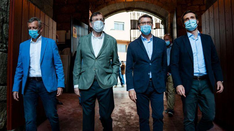 La victoria de Feijóo 'catapultaría' a Casado en su carrera a La Moncloa 'como pasó en 1993 y en 2009'