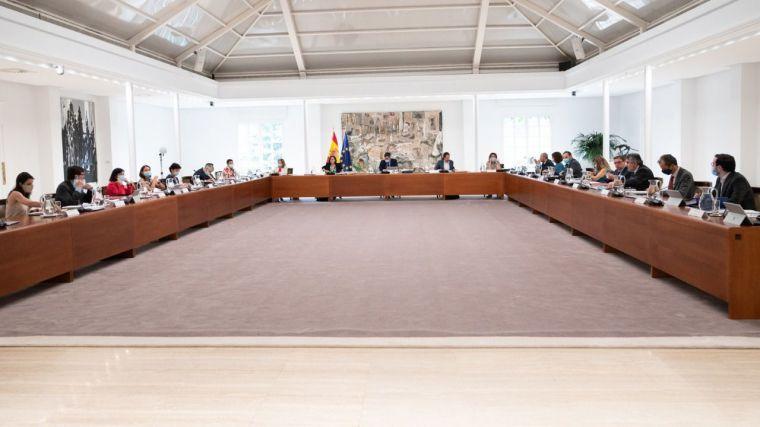 Illa dice que el decreto de la Generalitat contra el brote en Lleida 'no parece' que invada competencias estatales