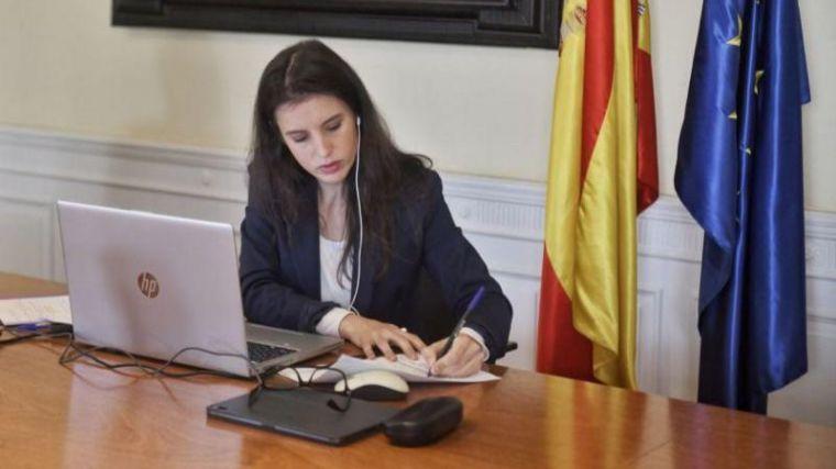 Cisma en el Gobierno: ¿Ha pactado el PSOE la salida de Juan Carlos I de España a espaldas de Unidas Podemos?