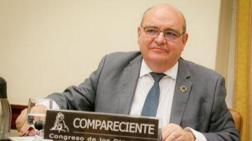 El ministro Castells deja a Pingarrón al pie de los caballos y a Universidades no le queda más remedio que rectificar