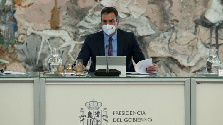 El Gobierno presiona al PP con mensaje incluido a Podemos:
