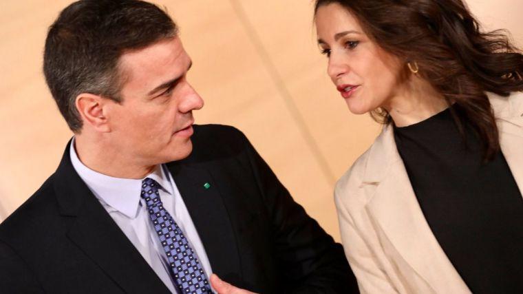 El CIS de Tezanos presiona a Ciudadanos a apoyar los PGE y encumbra a Sánchez