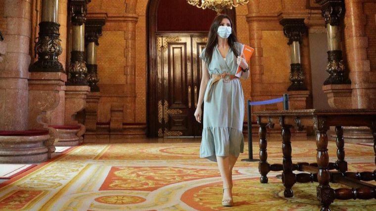 Roldán recuerda a Torra su inminente 'tour judicial' y le pide que dimita