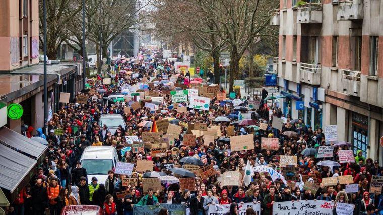 Populismos (IV): ¿Por qué surgen?