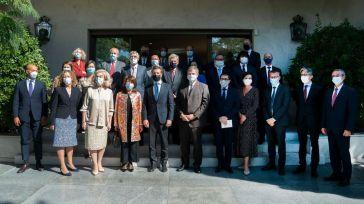 Casado carga contra Borrell y su misión a Venezuela frente a los 27 embajadores de la UE acreditados en España