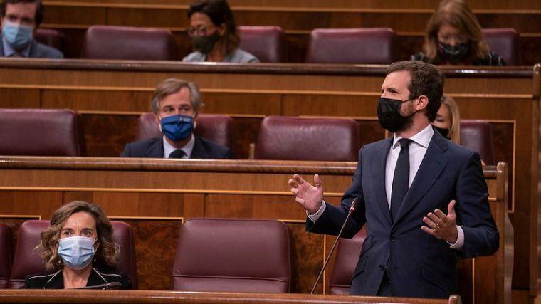 Casado a Sánchez: 'Su vicepresidente fantasea con liquidar la alternancia política'