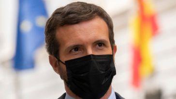 Casado clama contra el 'bochorno' de Sánchez: 'No he visto otro país en el que se anuncie un plan de rescate con el himno de la alegría'