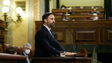 Abascal al 'emperador Sánchez': 'Aquí la España que va sin mascarilla a la 'fiestojota', fuera la España arruinada'