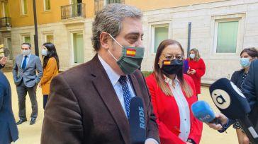Llanos recuerda a Puig que el Gobierno ya le dio con la puerta en las narices y no será la última