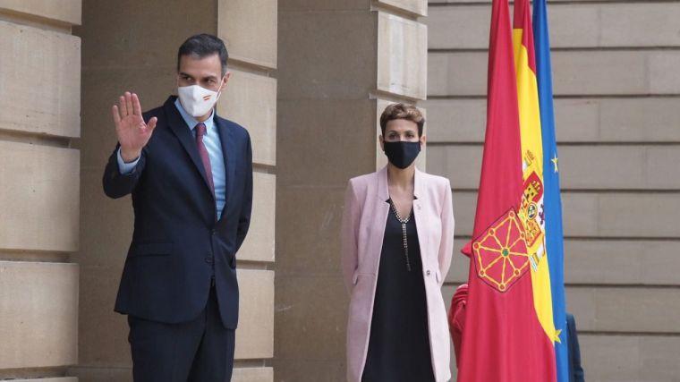 Sánchez anuncia en plena pandemia un incremento de solo el 3,2% en profesionales con formación sanitaria