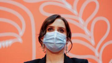 La 'nueva musa de la derecha española' saca los colores a Sánchez en 'Le Figaro'