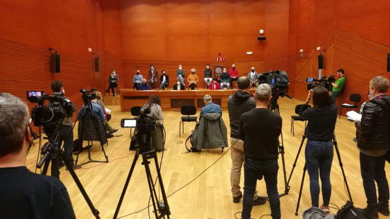 PNV, EH Bildu y Podemos piden a Sánchez finalizar la política de alejamiento de presos de ETA
