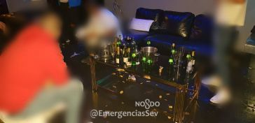 Desalojan una despedida de soltero con 55 personas en un prostíbulo de Sevilla