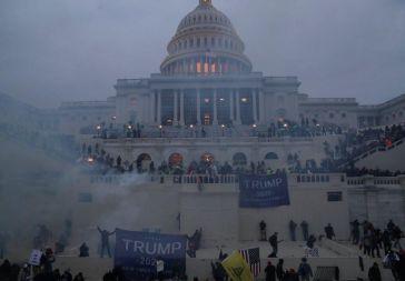 El 'show' de Trump: El 'Asalto al Capitolio' se salda con cuatro muertos y más de medio centenar de detenciones hasta el momento