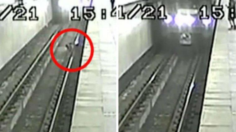 En vídeo: Un niño cae a las vías justo cuando venía el metro